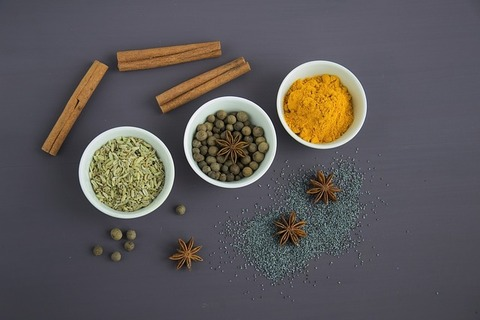spices-2105541_640