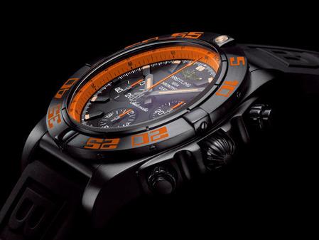 Chronomat44Raven_001