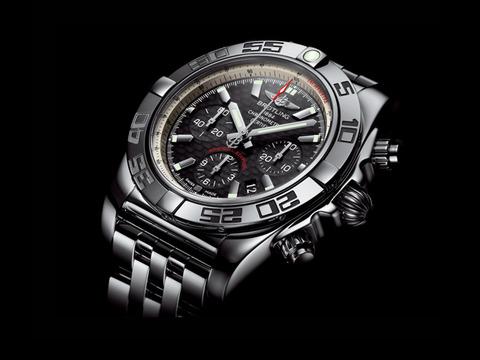 Chronomat_44_Carbon_Dial_001