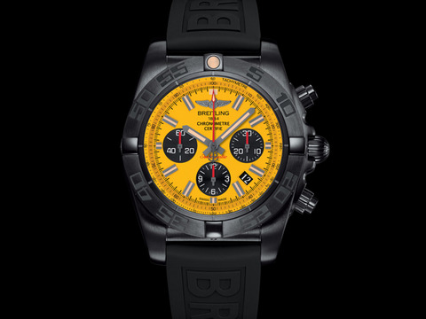 Chronomat_44_Blacksteel_Special_Edition_003
