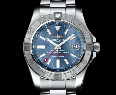 AVENGER II GMT BLUE MOTHER-OF-PEARL (5)
