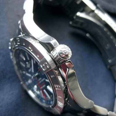 AVENGERⅡ GMT MOTHER-OF-PEARL (5)