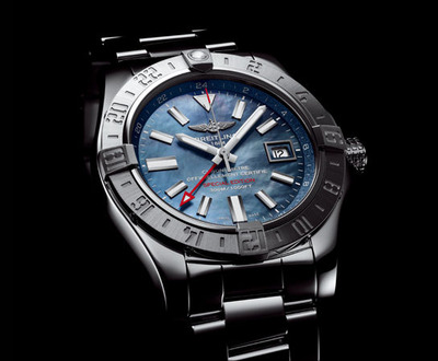 AVENGER II GMT BLUE MOTHER-OF-PEARL (2)