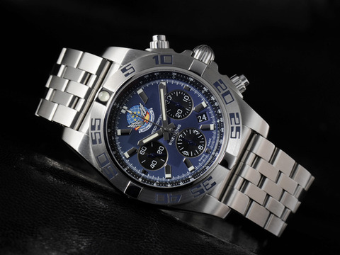 Chronomat44_BlueImpulse_001