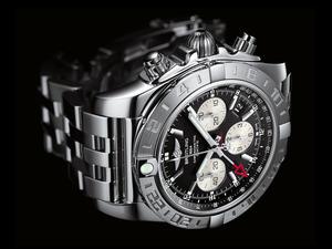 Chronomat44_Gmt_001