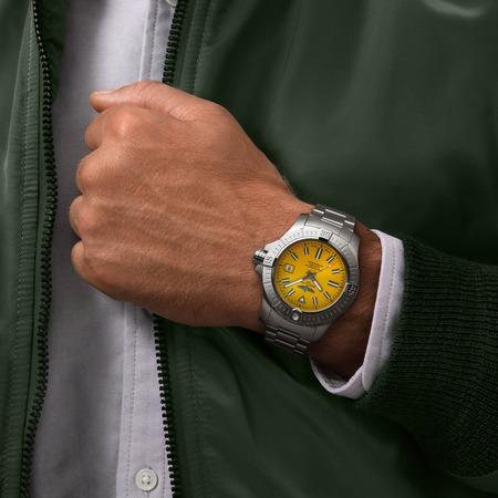a17319101i1a1-avenger-automatic-45-seawolf-on-wrist