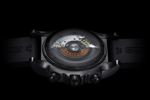 asset-version-f433683c3d-chronomat-44-raven-caseback