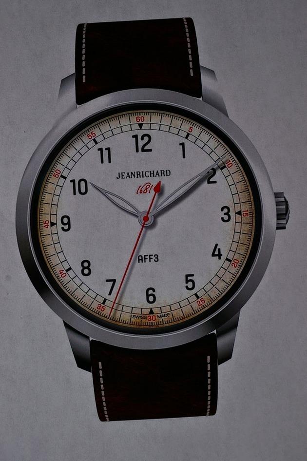 JR  1681  AFF 2_AFF7158-1