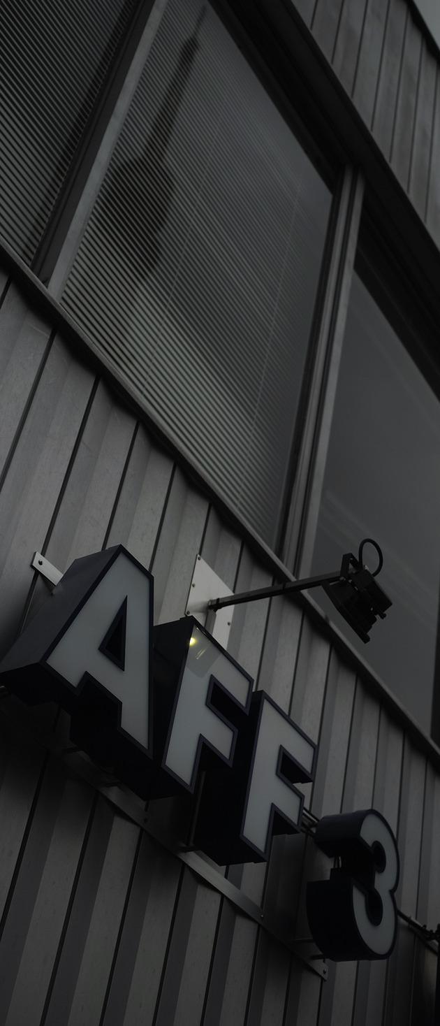 AFF-3  0320  DP2Q5557