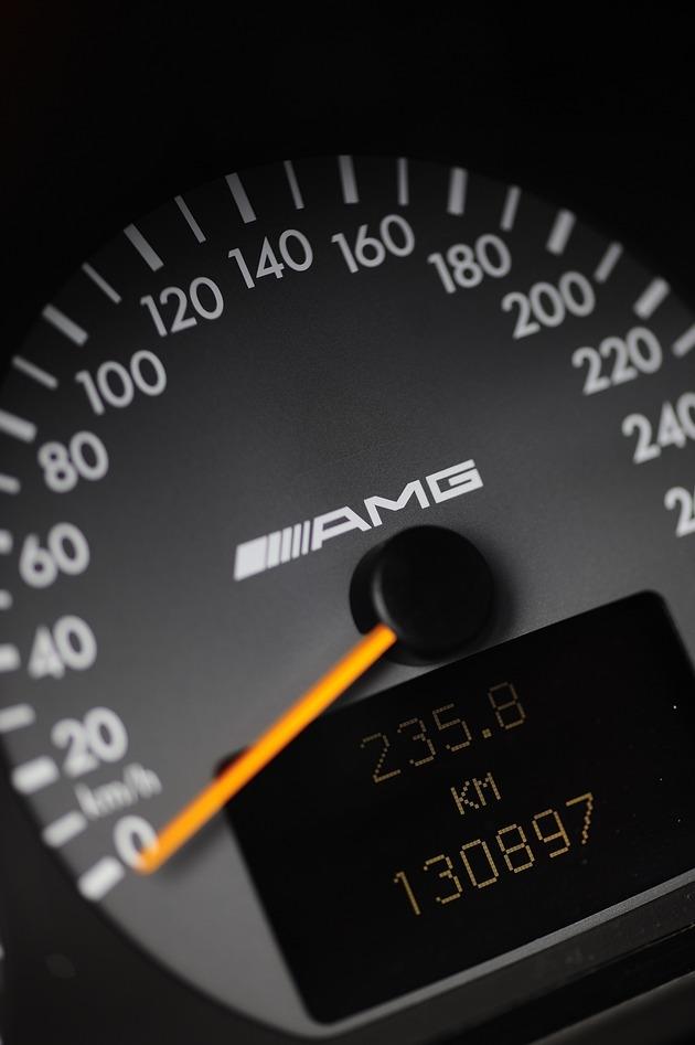 AMG  E320T-3,6 _DSC0091