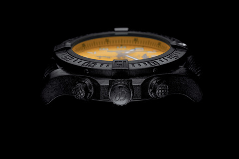 asset-version-c213a6a505-avenger-hurricane-12h-yellow-dial_03