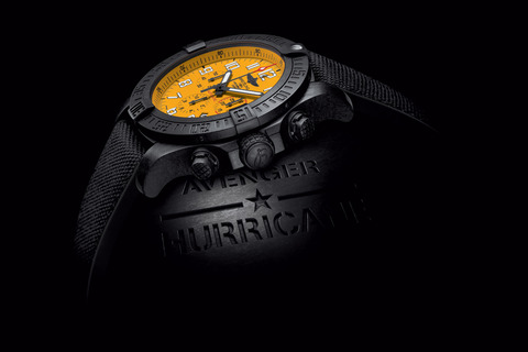 asset-version-f3c5e5d203-avenger-hurricane-12h-yellow-dial_02