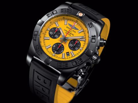 Chronomat_44_Blacksteel_Special_Edition_001