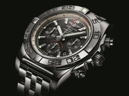 Chronomat 44 Carbon - Japan Special Editio_001
