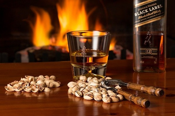 whisky-3450670_640