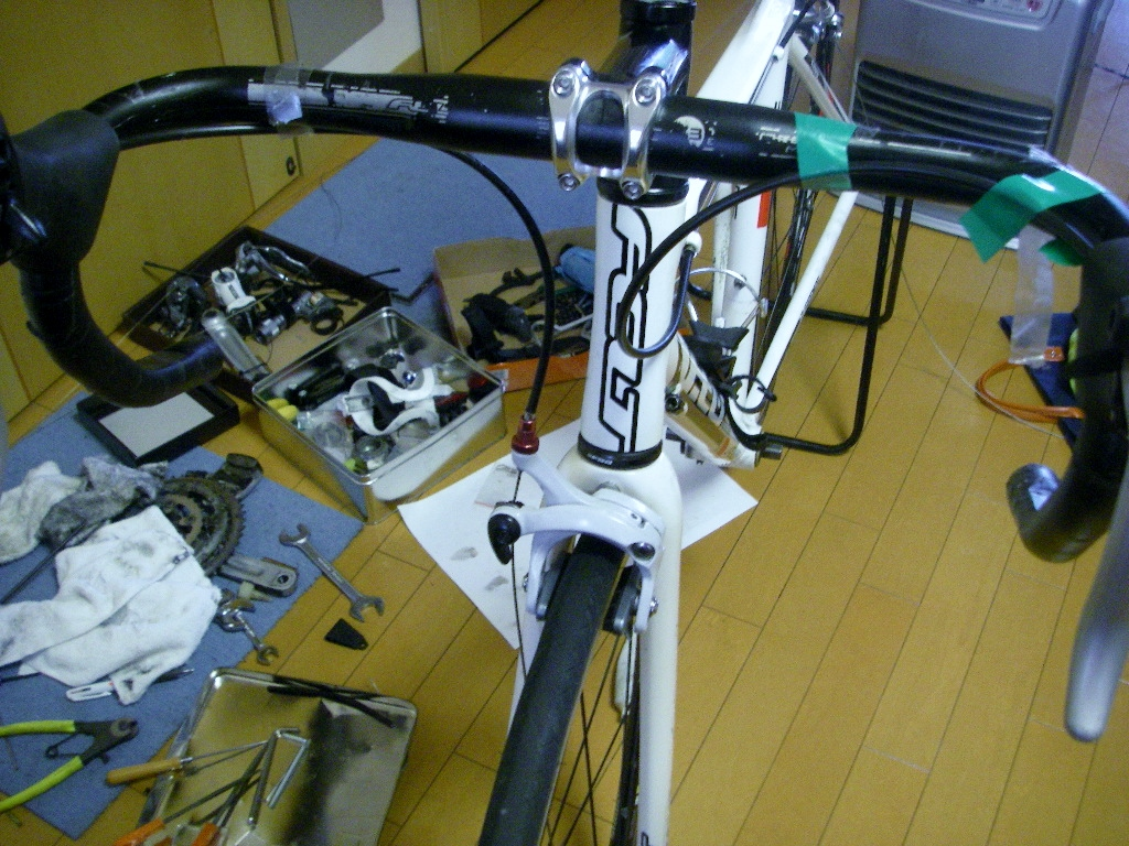 自転車の ブレーキシュー グリス 自転車 : ブレーキシューは左程磨耗して ...