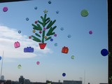 窓のクリスマスディスプレー