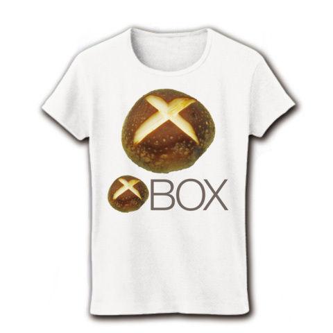 【しいたけマニア必須!ゲーム系グッズ?】しいたけボタンシリーズ シイタケBOX(前面大しいたけ、再レイアウトver) リブクルーネックTシャツ(ホワイト)【XBOXっぽいTシャツ】