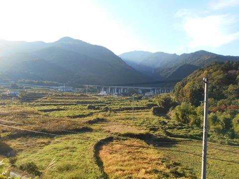 新居浜市関の戸(松山自動車道)