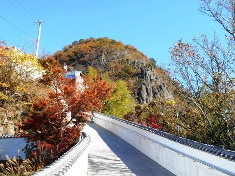 出釈迦寺捨身が岳への参道