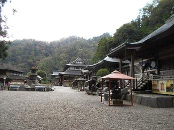 焼山寺境内