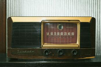 レトロラジオ