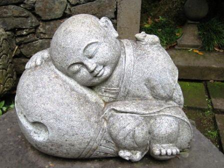 イネムリ仏陀