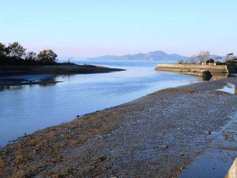 海岸寺への道(河口)