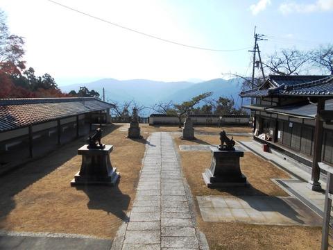 別格15番箸蔵寺(境内)
