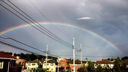虹をわたって 003