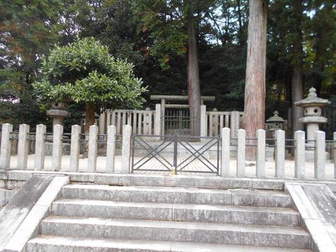 崇徳上皇霊廟