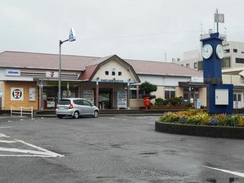 11番への道(鴨島駅)