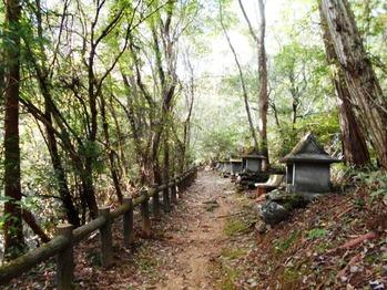 焼山寺への道