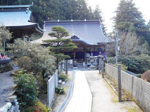 60番横峰寺本堂