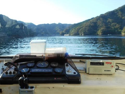 37番への道(浦の内湾2)