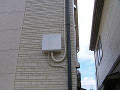 施工写真:屋根からの配線-接続箱:埼玉県吉川市Iさん宅