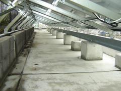 施工写真:陸屋根架台裏側:東京都江戸川区Sビル
