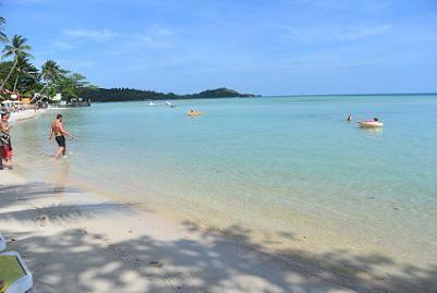 サムイ島のチャウエンビーチ北郊外10