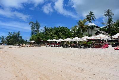サムイ島のマトラン島周辺のビーチ9