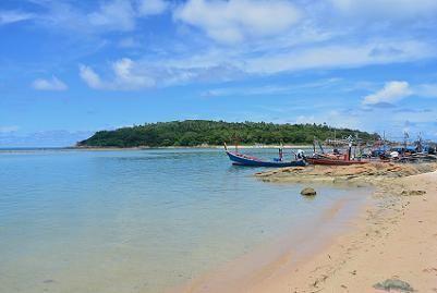 サムイ島のマトラン島周辺のビーチ12