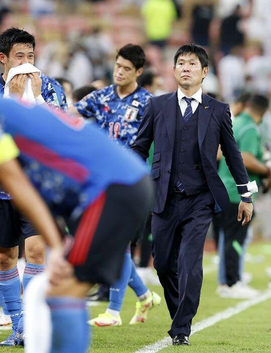 """「監督の人柄は好きだが、このままでは勝てない」""""いい人""""すぎる、サッカー日本代表・森保一監督の落とし穴"""