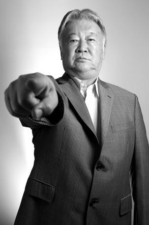 """【セルジオ越後】Jリーグ優勝候補を予想「鹿島と浦和の""""2強""""を挙げたい」「続くのは、川崎とG大阪かな」"""