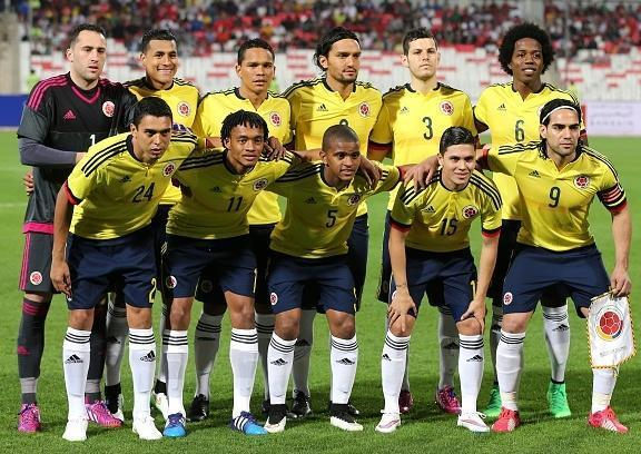 Colombia-2015-adidas-home-kit-yellow-navy-white-line-up