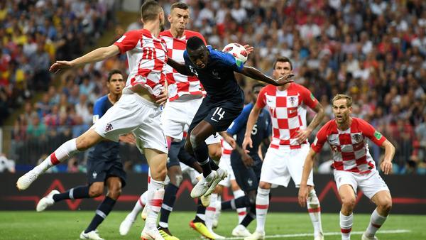 VARに疑問「フランスの1点、2点目は怪しい」カシージャスが言及!!