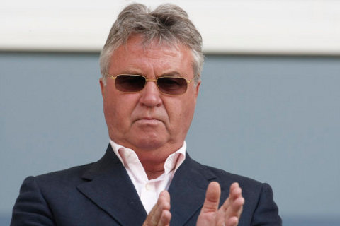 Guus20Hiddink20receives20an20offer20from20Anzhi