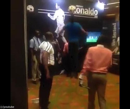 【動画/画像】クリロナのヘディングは最高到達地点3メートル!一般人が真似した結果