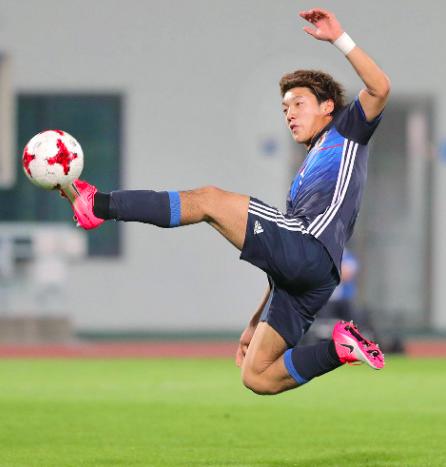 【U-20W杯】日本×イタリア  前半戦終了。開始直後に立て続け2失点も堂安ゴールで1点返して後半へ