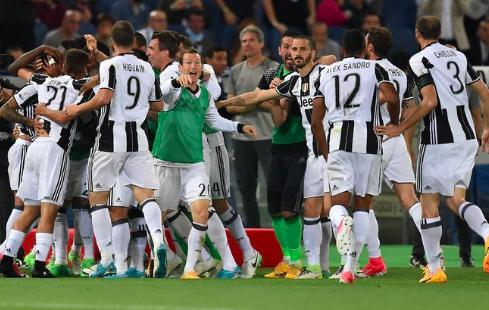 【イタリア杯】ユベントス、史上初の3連覇!アウベス&ボヌッチのゴールで快勝!まずは1冠目