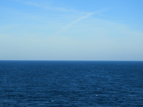 絵に描きたい青い海と空