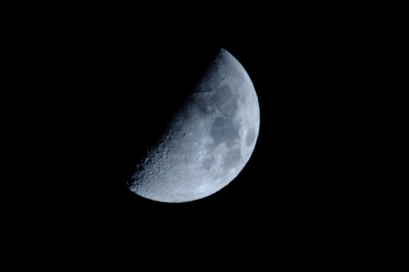 レフレックスで今宵の月を・・・